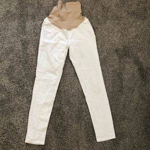 Jessica Simpson Maternity white jean ankle pants